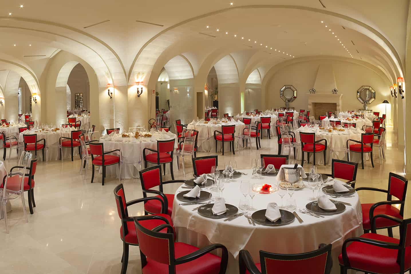 Reception rooms, Alvino Hall - Alvino 1884